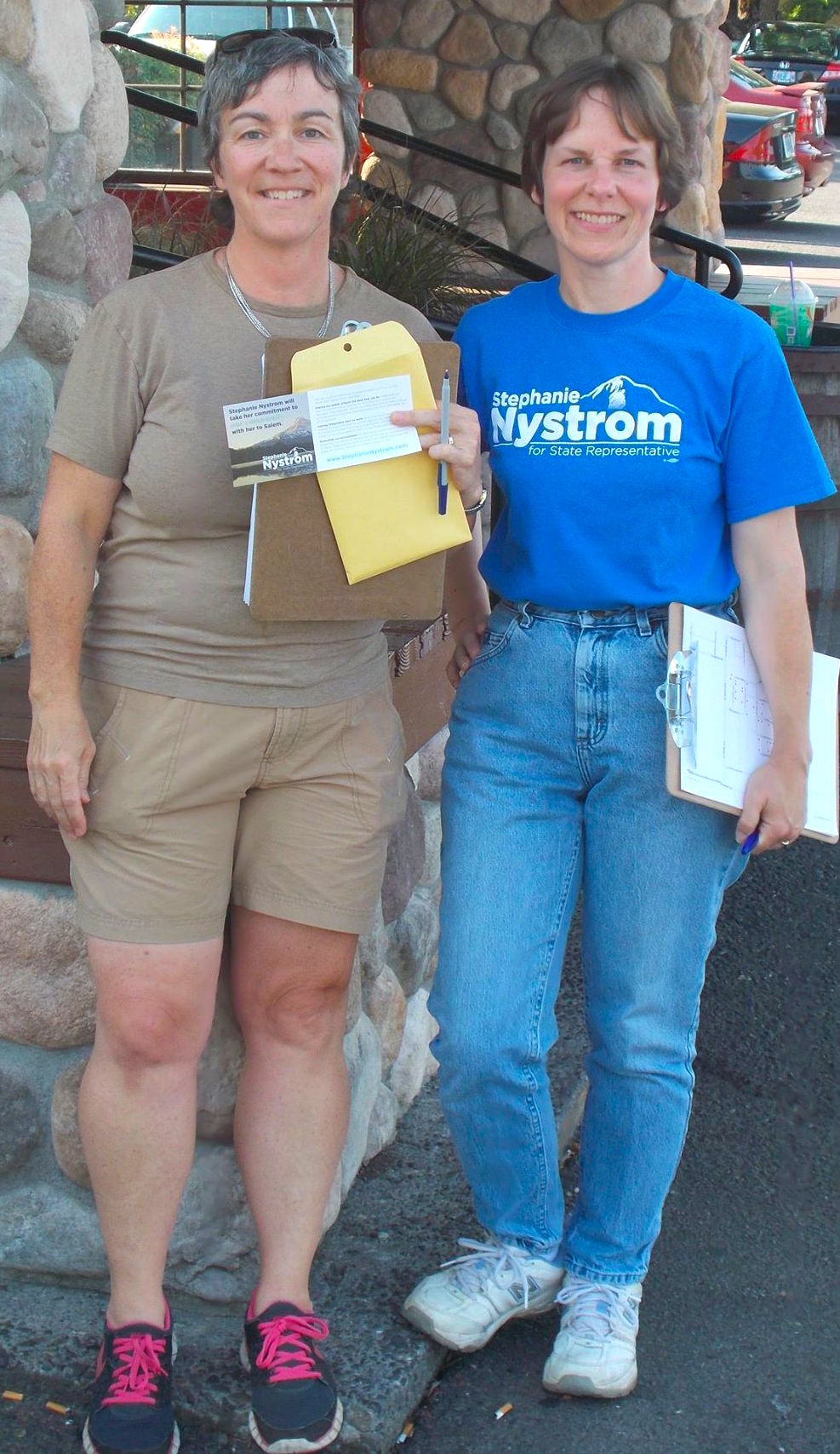 Volunteer-with-Stephanie-Nystrom